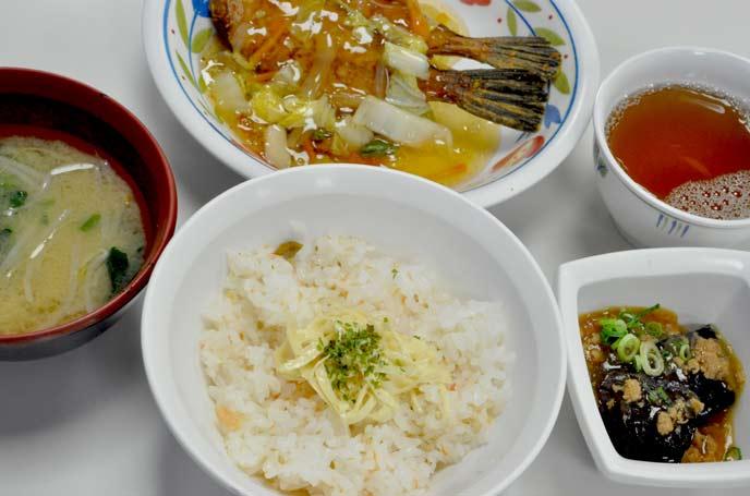 京白丹波大豆湯葉の御飯と京都府漁連のカワハギ