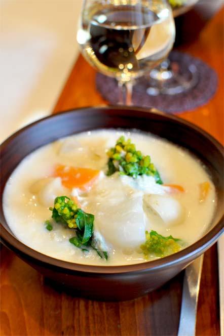 つまみゆばの白味噌ポトフと白ワイン(レシピ)